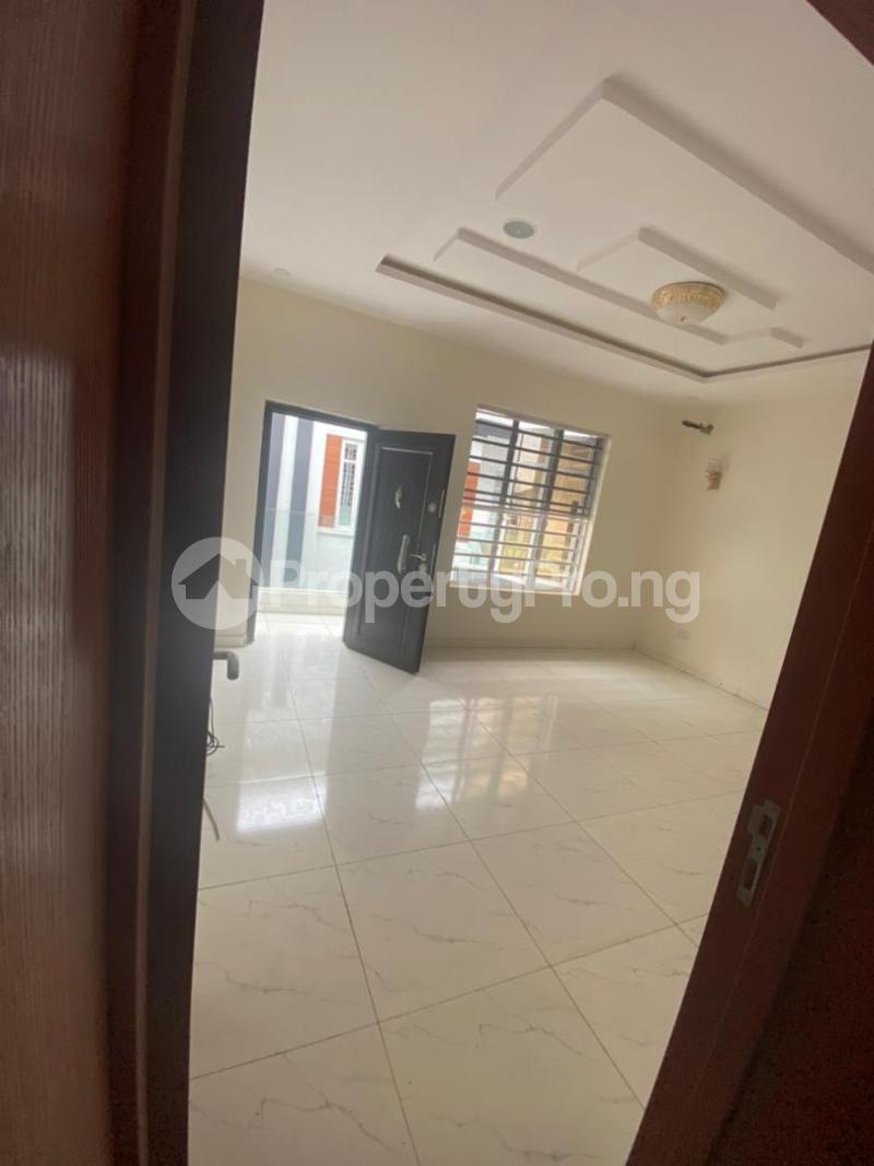 4 bedroom Terraced Duplex House for rent In an estate at ologolo  Ologolo Lekki Lagos - 5