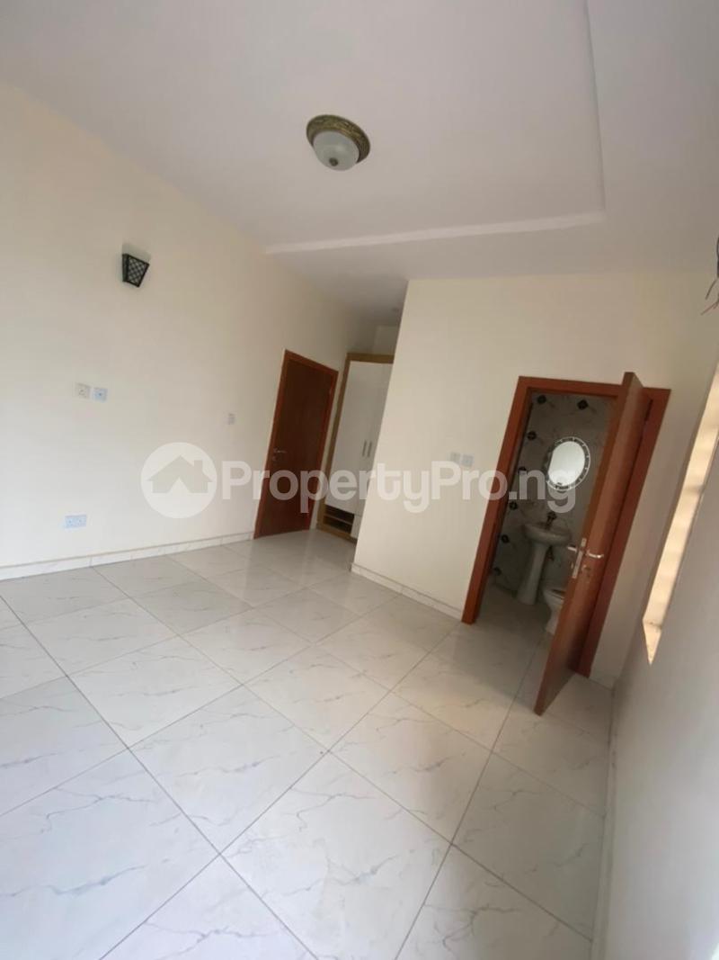 4 bedroom Terraced Duplex House for rent In an estate at ologolo  Ologolo Lekki Lagos - 2