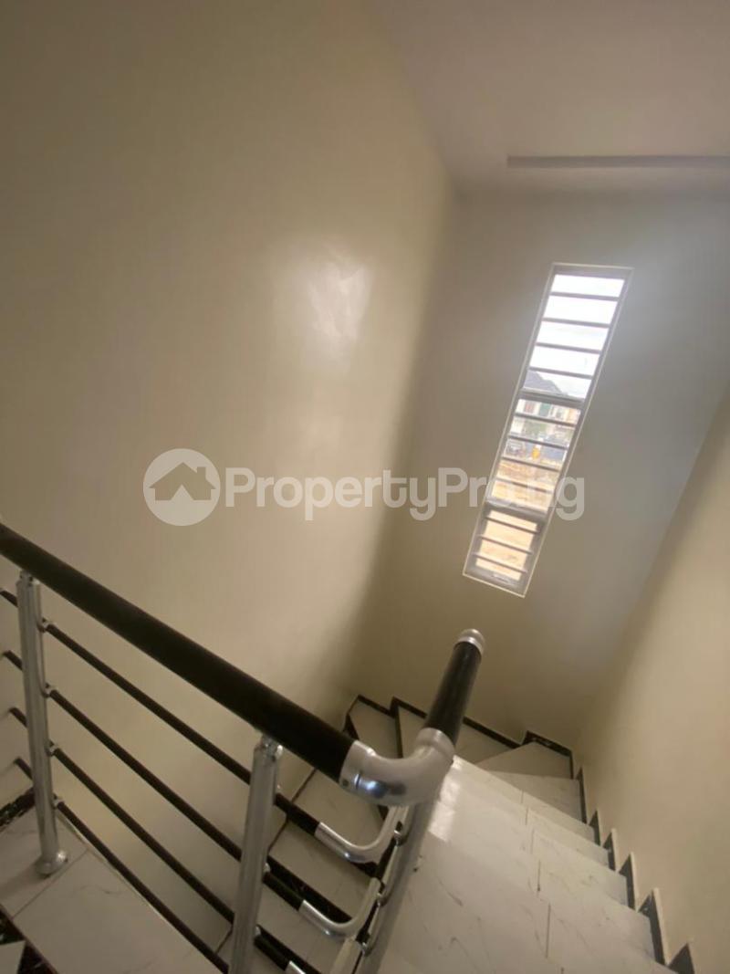 4 bedroom Terraced Duplex House for rent In an estate at ologolo  Ologolo Lekki Lagos - 1
