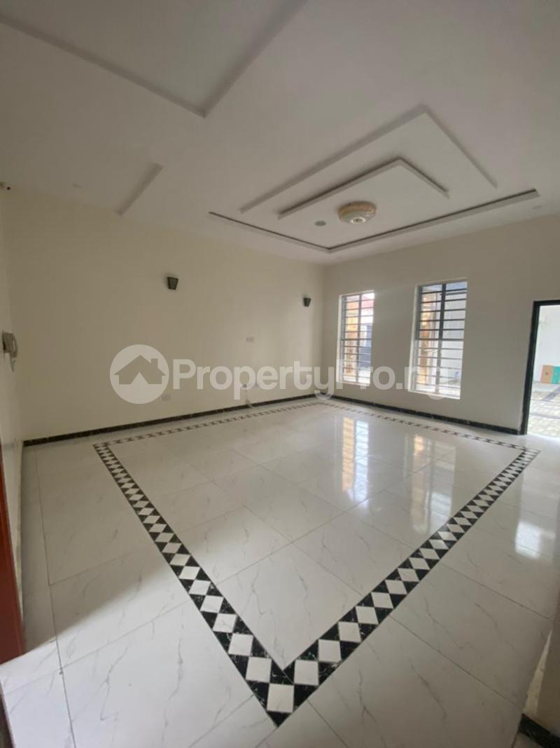 4 bedroom Terraced Duplex House for rent In an estate at ologolo  Ologolo Lekki Lagos - 12