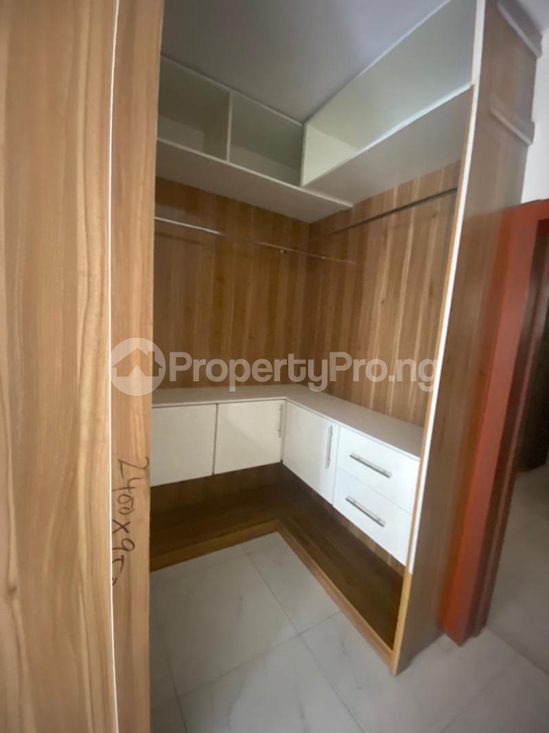 4 bedroom Terraced Duplex House for rent In an estate at ologolo  Ologolo Lekki Lagos - 3
