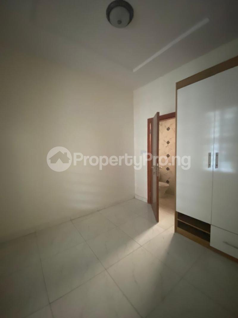 4 bedroom Terraced Duplex House for rent In an estate at ologolo  Ologolo Lekki Lagos - 0
