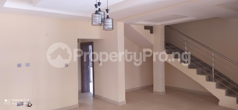 4 bedroom Terraced Duplex House for rent Paradise estate Karmo Abuja - 5
