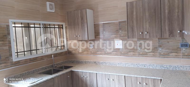 4 bedroom Terraced Duplex House for rent Paradise estate Karmo Abuja - 6