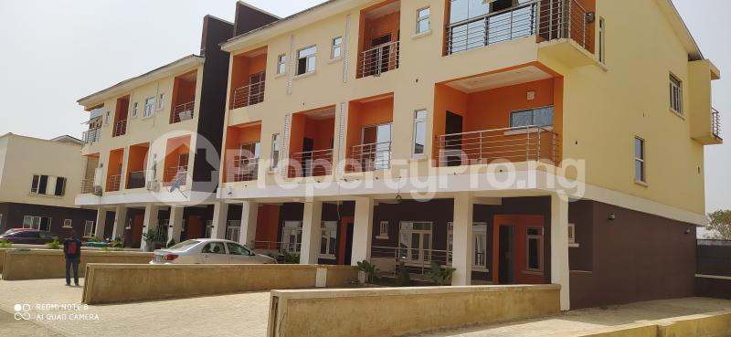 4 bedroom Terraced Duplex House for rent Paradise estate Karmo Abuja - 0