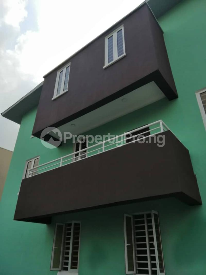 4 bedroom Terraced Duplex House for sale Yaba Sabo Yaba Lagos - 12