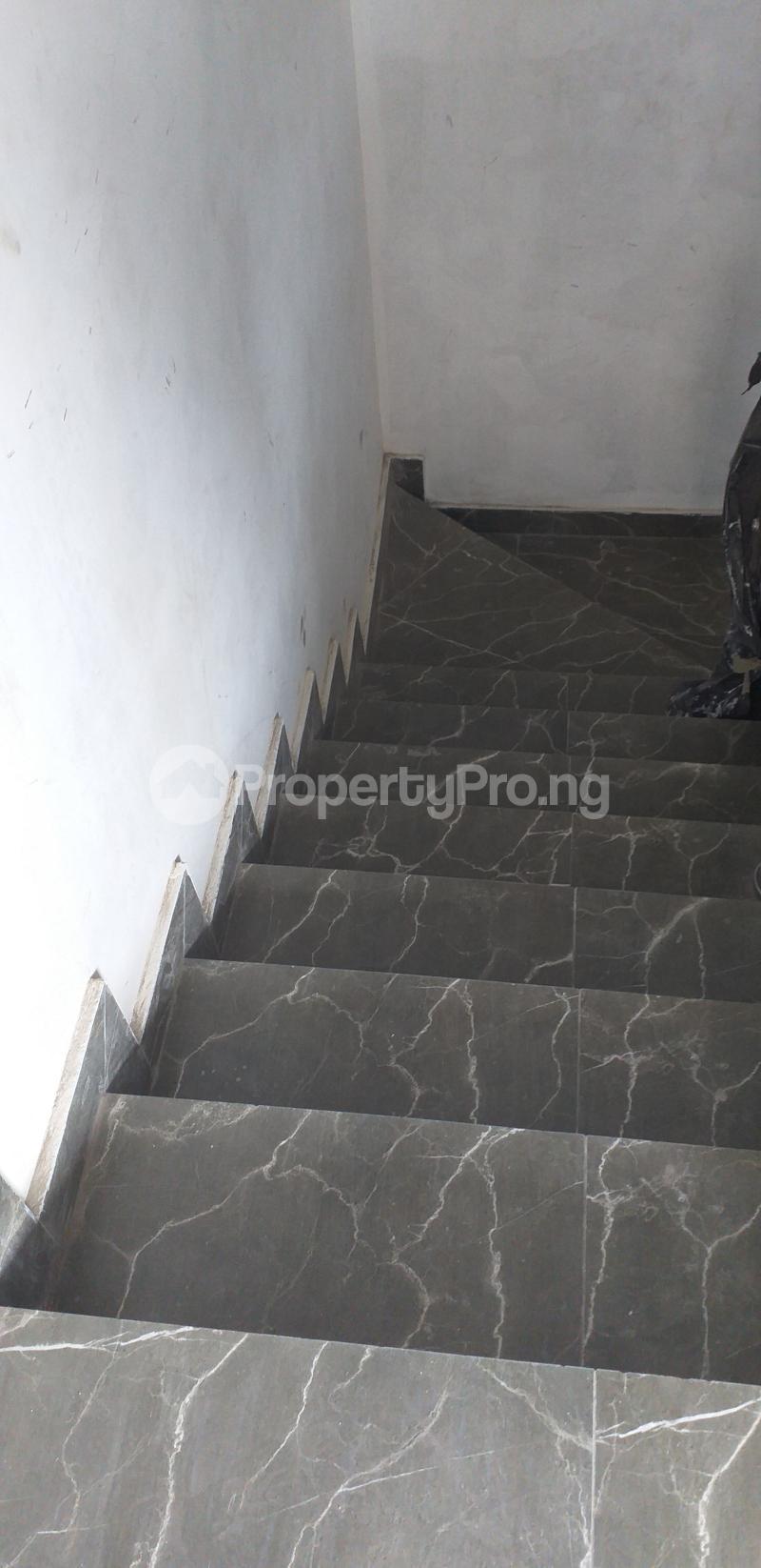 3 bedroom Flat / Apartment for rent 27, Eric Moore Street, Wemabod Estate Adeniyi Jones Ikeja. Ikeja Lagos - 4