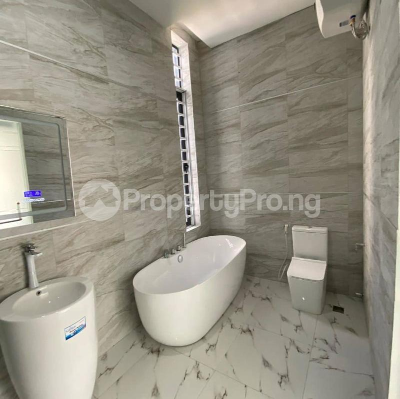 5 bedroom Detached Duplex House for sale Lakeview Estate chevron Lekki Lagos - 5