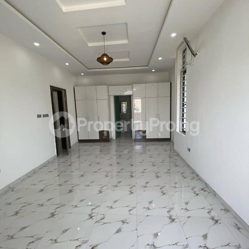 5 bedroom Detached Duplex House for sale Lakeview Estate chevron Lekki Lagos - 4