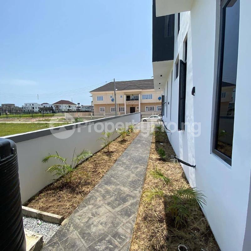 5 bedroom Detached Duplex House for sale Lakeview Estate chevron Lekki Lagos - 8