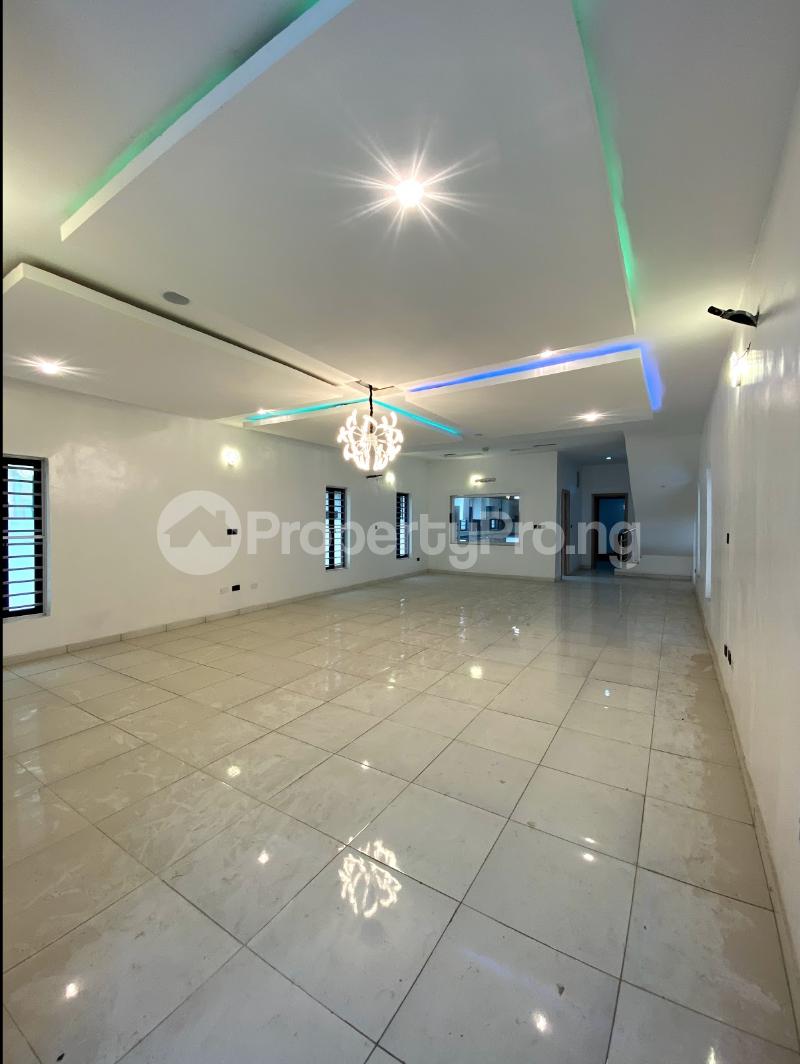 5 bedroom Detached Duplex House for sale Osapa london Lekki Lagos - 5