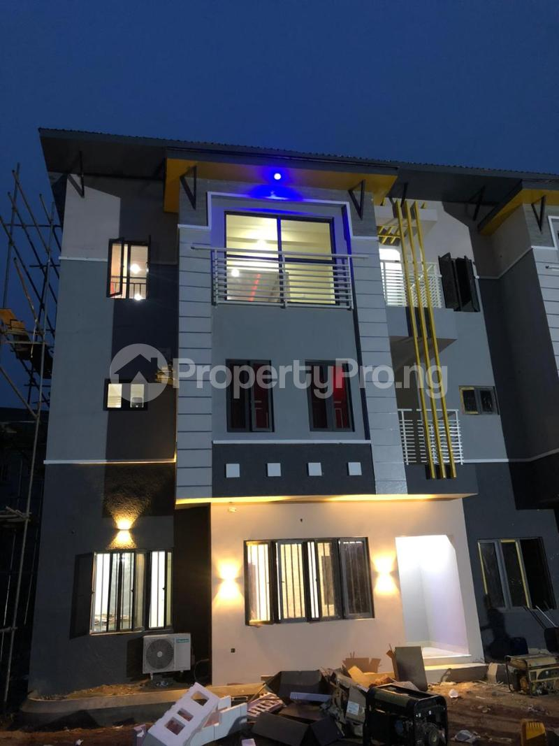 5 bedroom Terraced Duplex House for sale very close to efab estate Life Camp Abuja - 8