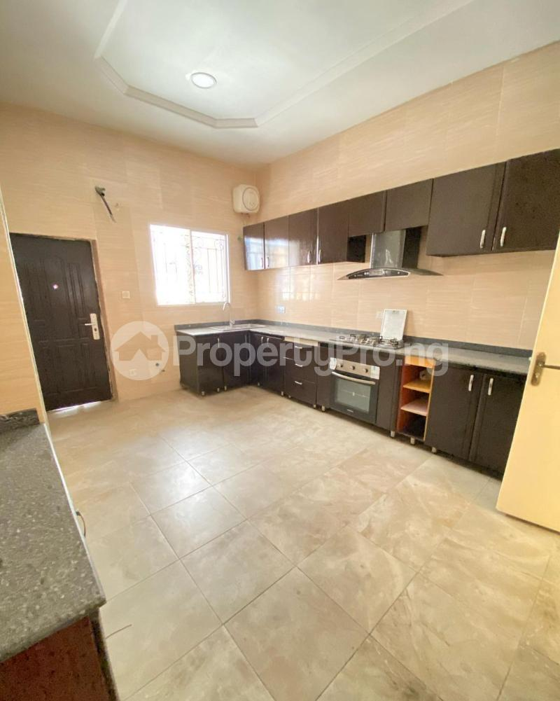 5 bedroom Detached Duplex House for rent Ologolo Lekki Lagos - 4