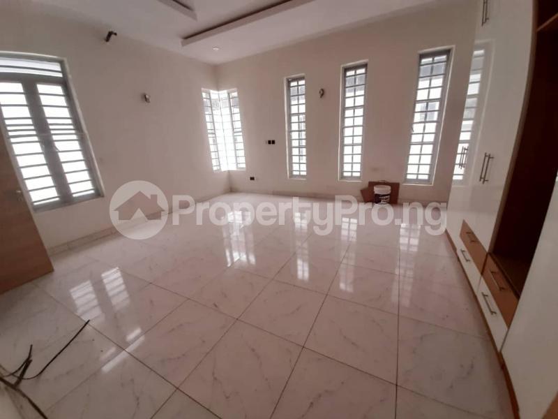 5 bedroom Detached Duplex House for sale chevron Lekki Lagos - 12