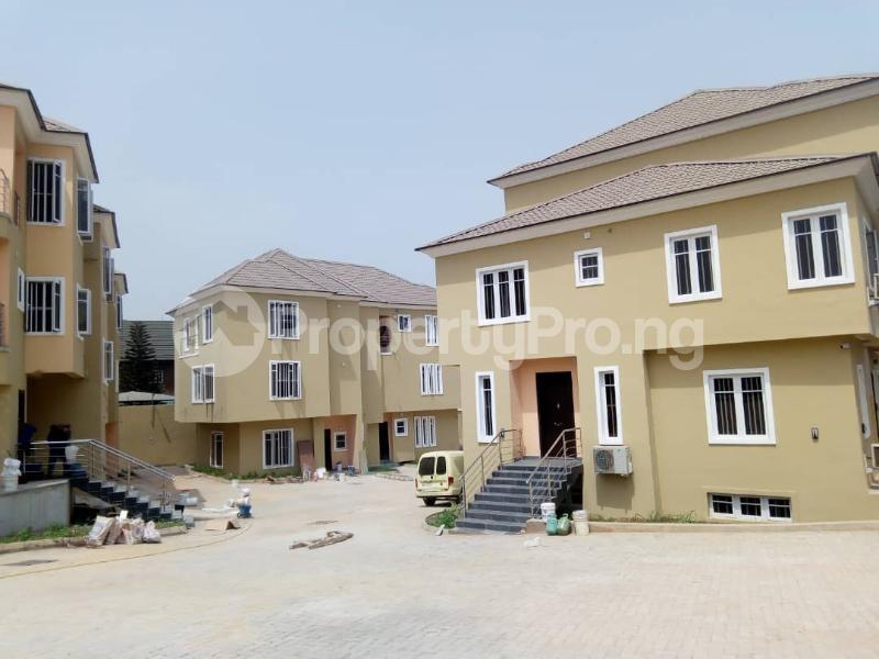 5 bedroom Terraced Duplex House for rent ... Magodo GRA Phase 2 Kosofe/Ikosi Lagos - 1