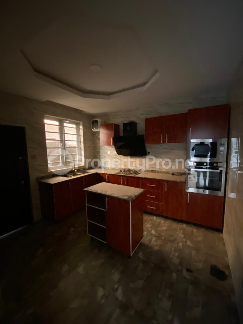 5 bedroom Terraced Duplex House for rent Lekki Phase 1 Lekki Lagos - 4