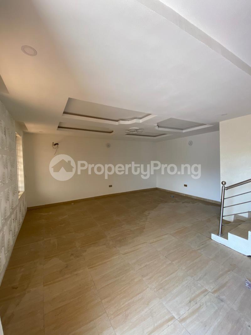 5 bedroom Terraced Duplex House for rent Lekki Phase 1 Lekki Lagos - 2