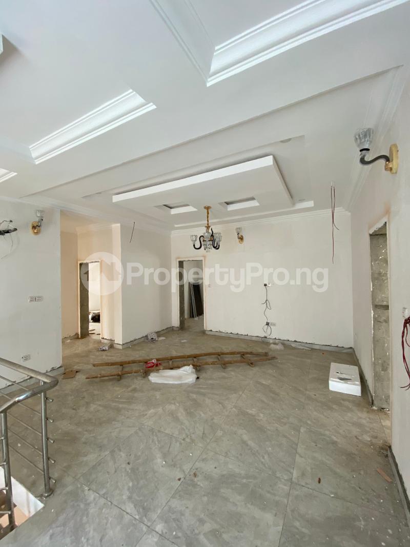 5 bedroom Terraced Duplex House for rent Lekki Phase 1 Lekki Lagos - 11