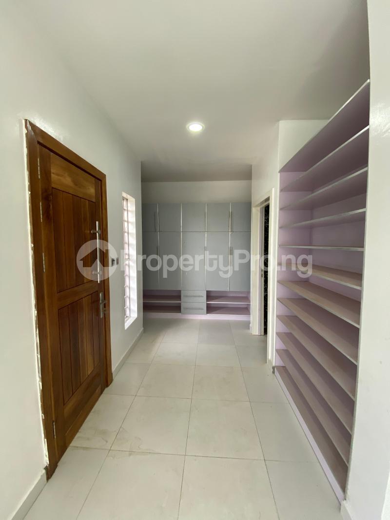 5 bedroom Terraced Duplex House for rent Lekki Phase 1 Lekki Lagos - 8