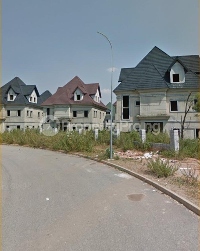 5 bedroom Detached Duplex House for sale Efab Court Nbora Abuja - 0