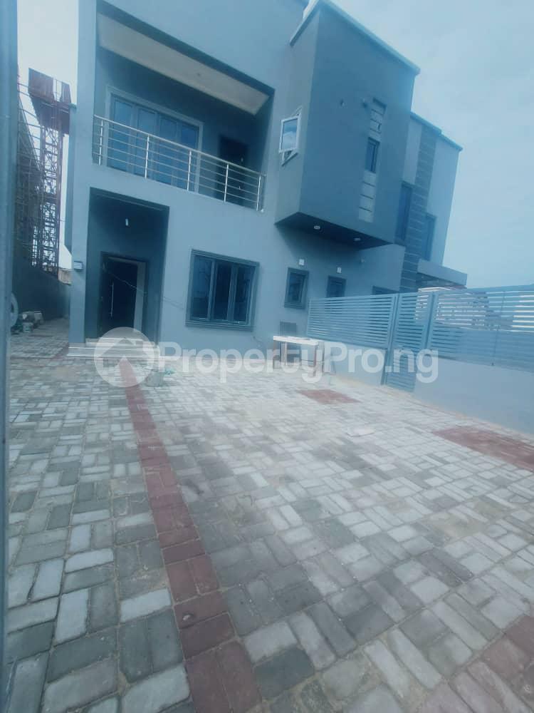 5 bedroom Semi Detached Duplex House for rent In an estate besides Pinnock beach estate  Osapa london Lekki Lagos - 0