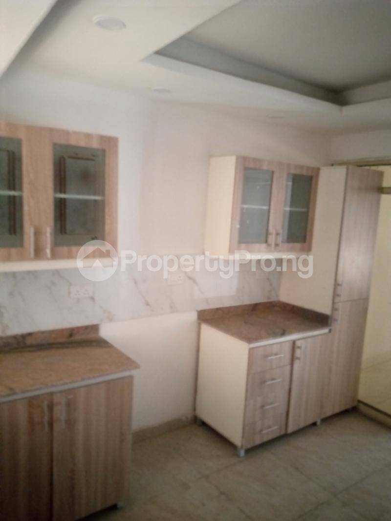 4 bedroom Terraced Duplex for rent Bethel Estate Alaka/Iponri Surulere Lagos - 6