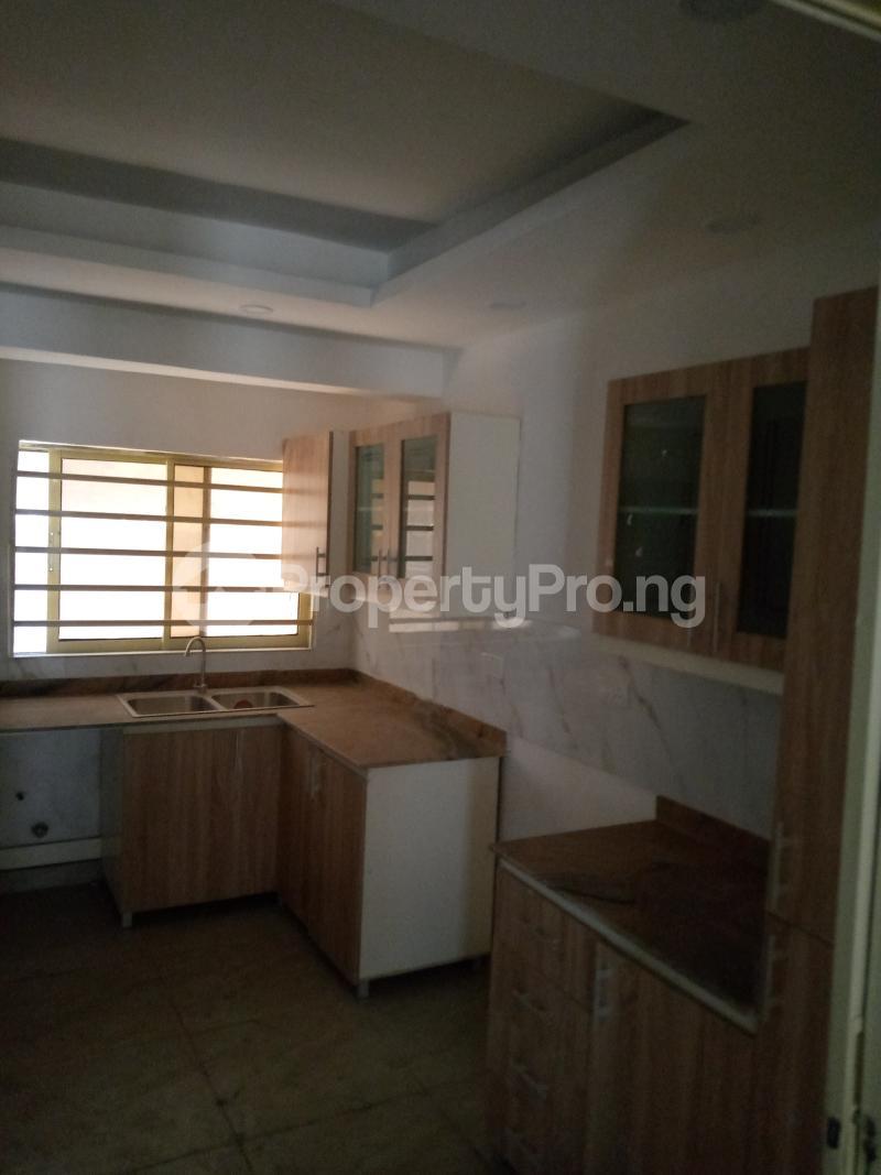 4 bedroom Terraced Duplex for rent Bethel Estate Alaka/Iponri Surulere Lagos - 1