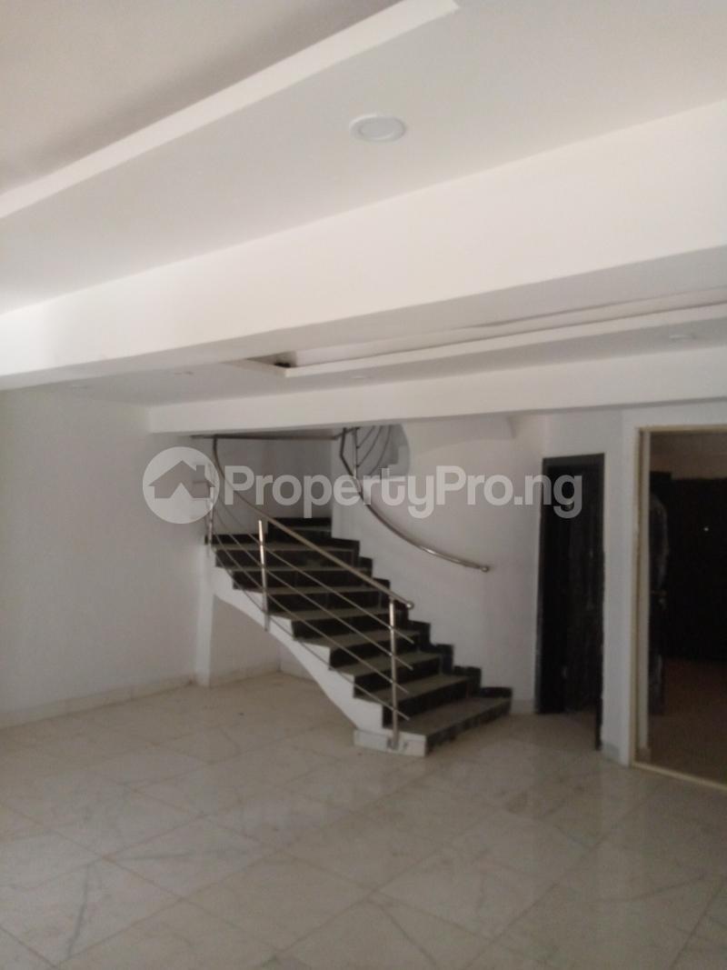 4 bedroom Terraced Duplex for rent Bethel Estate Alaka/Iponri Surulere Lagos - 0