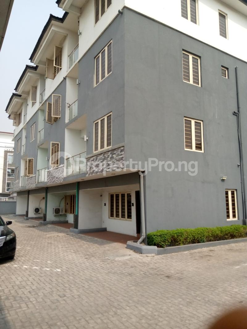 4 bedroom Terraced Duplex for rent Bethel Estate Alaka/Iponri Surulere Lagos - 8