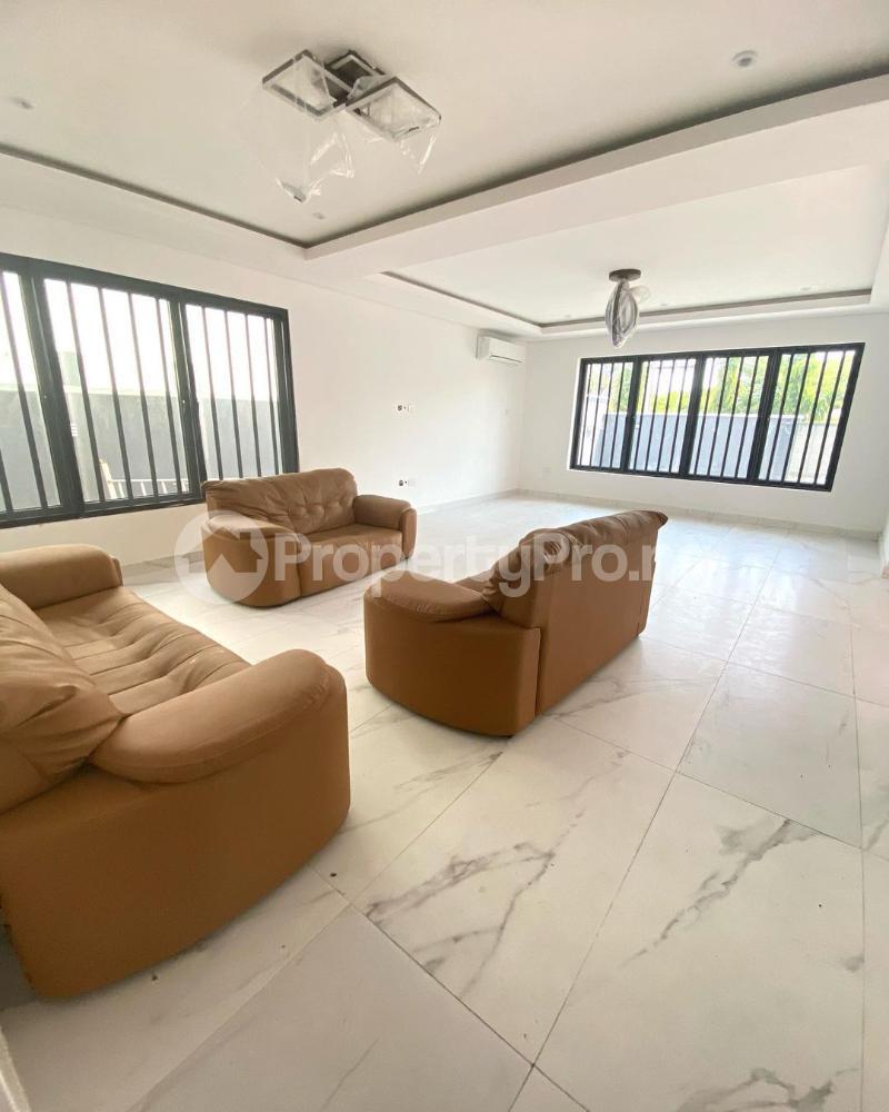 6 bedroom Detached Duplex for sale Plot 132 Lekki Phase1 Lekki Phase 1 Lekki Lagos - 2
