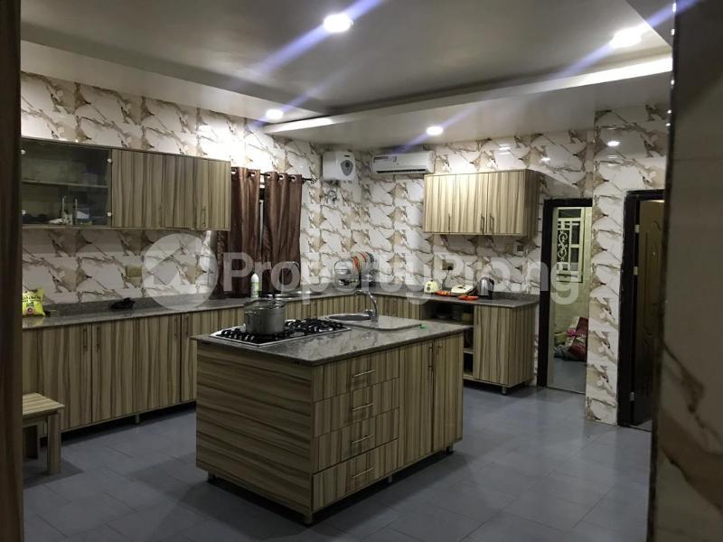 6 bedroom Terraced Duplex House for sale Compensation layout, Kutunku.  Gwagwalada Abuja - 4