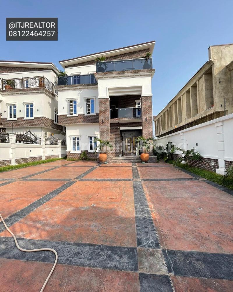 6 bedroom Detached Duplex House for sale Ago palace Okota Lagos - 0
