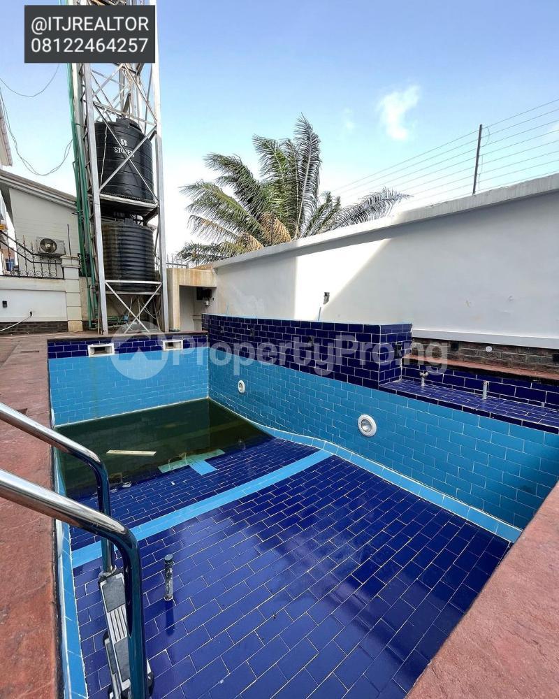 6 bedroom Detached Duplex House for sale Ago palace Okota Lagos - 5