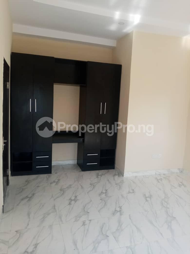 3 bedroom Flat / Apartment for rent Alagomeji, Yaba. Alagomeji Yaba Lagos - 10