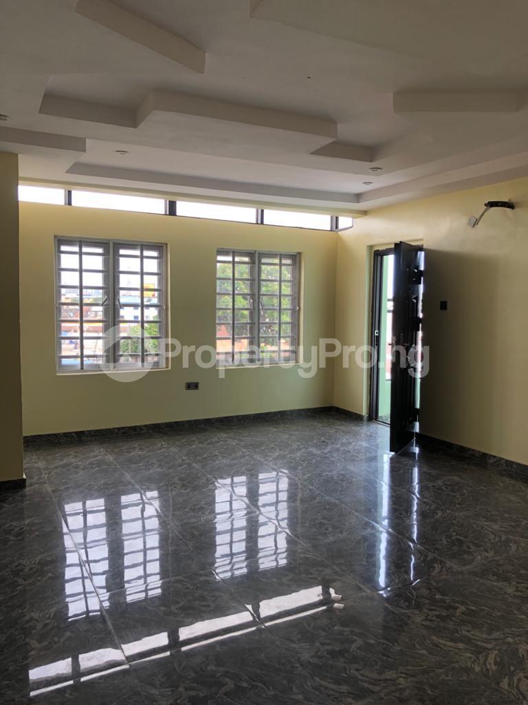 3 bedroom Flat / Apartment for rent Off Montgomery Yaba Sabo Yaba Lagos - 6