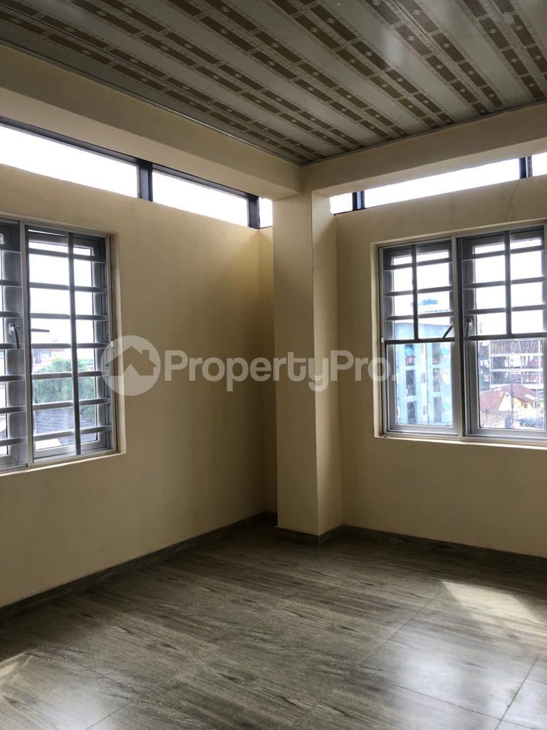 3 bedroom Flat / Apartment for rent Off Montgomery Yaba Sabo Yaba Lagos - 8