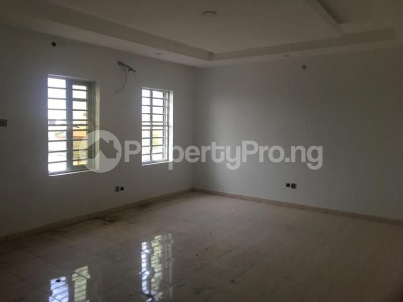 3 bedroom Flat / Apartment for rent ONIRU Victoria Island Lagos - 4