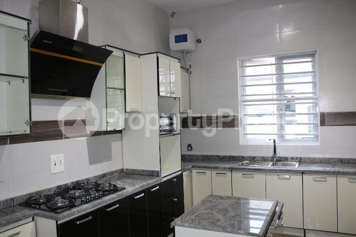 4 bedroom Detached Duplex House for sale Thomas Estate Thomas estate Ajah Lagos - 42