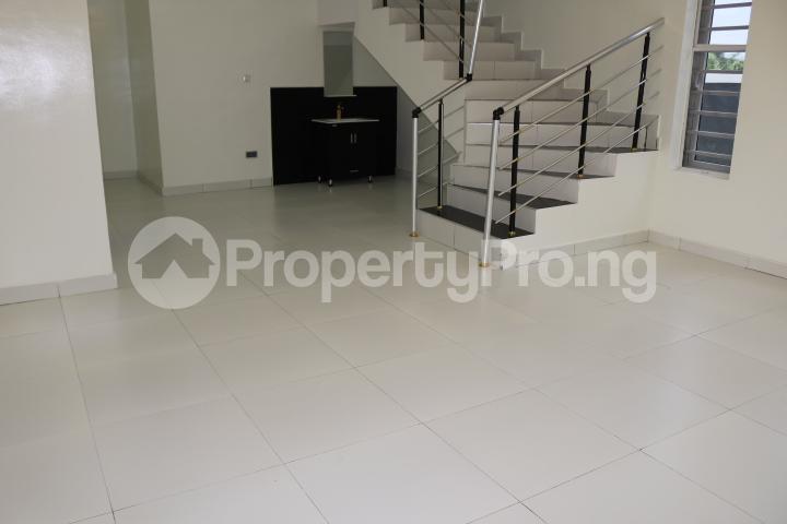 4 bedroom Detached Duplex House for sale Thomas Estate Thomas estate Ajah Lagos - 17