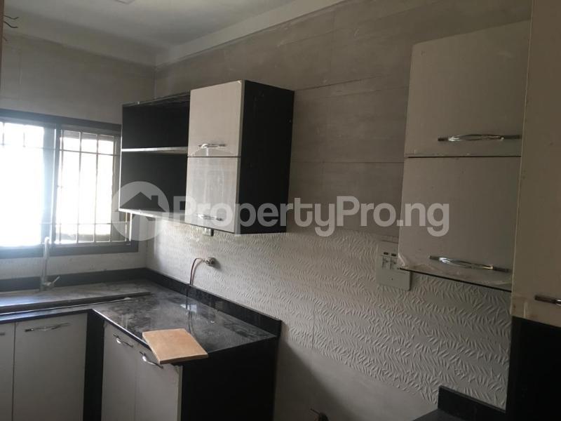 2 bedroom Flat / Apartment for rent Within an Estate Adeniyi Jones Ikeja Lagos - 10