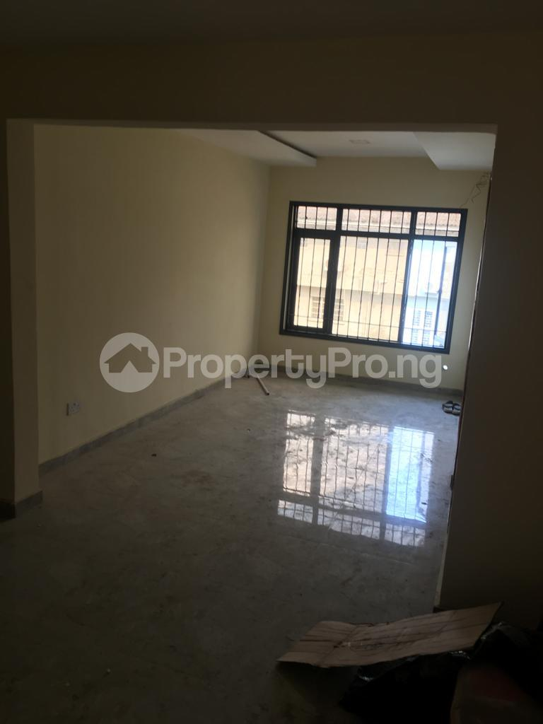 2 bedroom Flat / Apartment for rent Within an Estate Adeniyi Jones Ikeja Lagos - 12