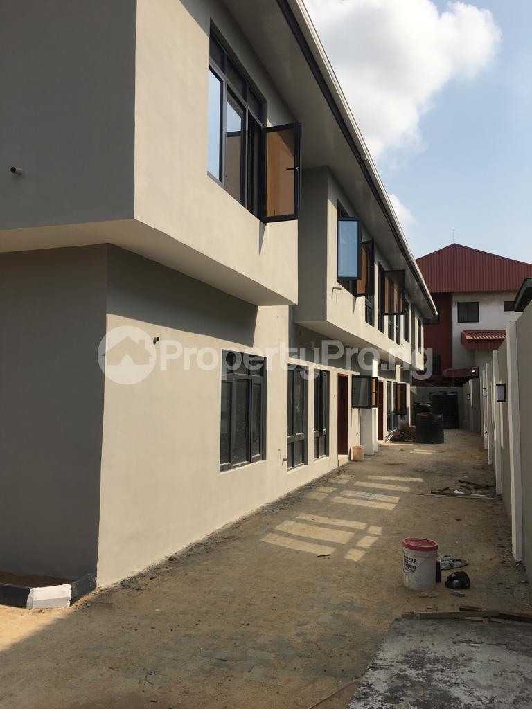 3 bedroom Flat / Apartment for rent Within an Estate Adeniyi Jones Ikeja Lagos - 7