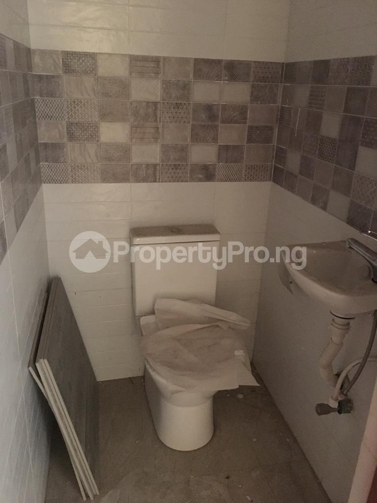 3 bedroom Flat / Apartment for rent Within an Estate Adeniyi Jones Ikeja Lagos - 6