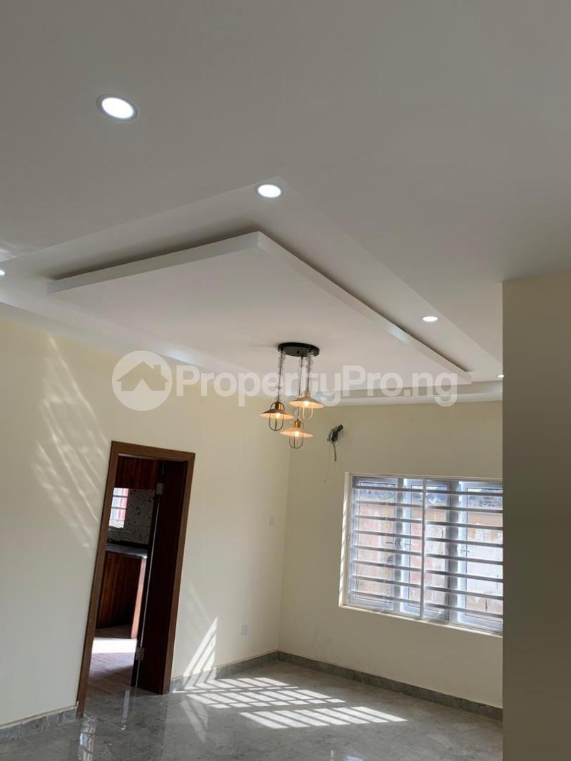 3 bedroom Semi Detached Duplex for sale 1 J.a. Jolaoso Close, Goodnews Estate, Ogombo Town By Abraham Adesanya Ogombo Ajah Lagos - 4
