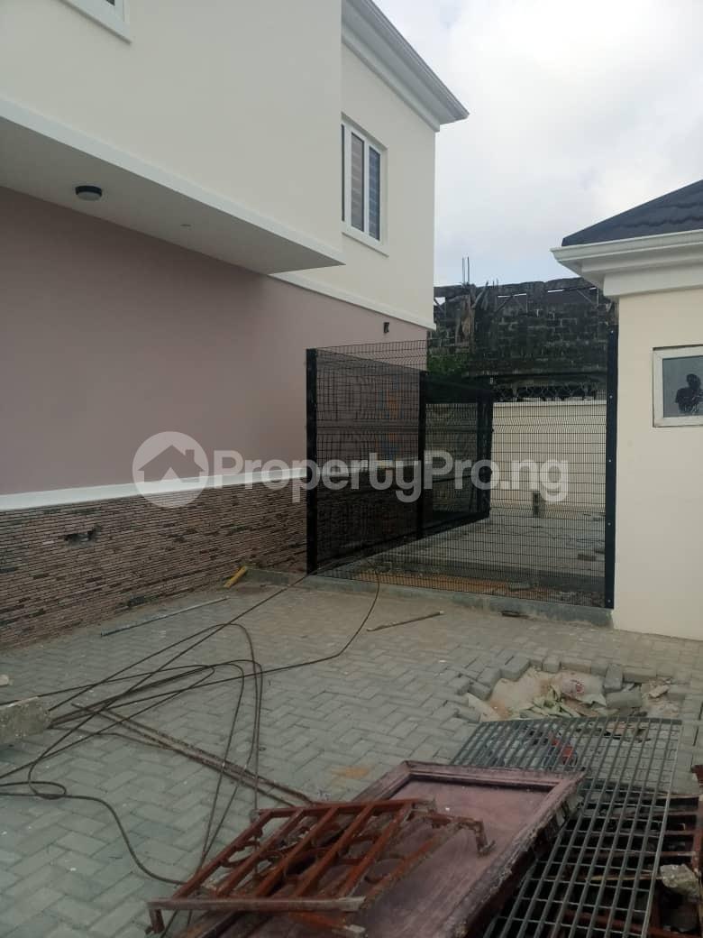 3 bedroom Semi Detached Duplex for sale 1 J.a. Jolaoso Close, Goodnews Estate, Ogombo Town By Abraham Adesanya Ogombo Ajah Lagos - 15