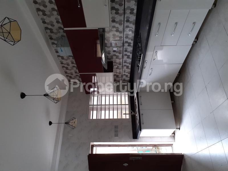 4 bedroom Semi Detached Duplex House for sale Ologolo Estate Ologolo Lekki Lagos - 15