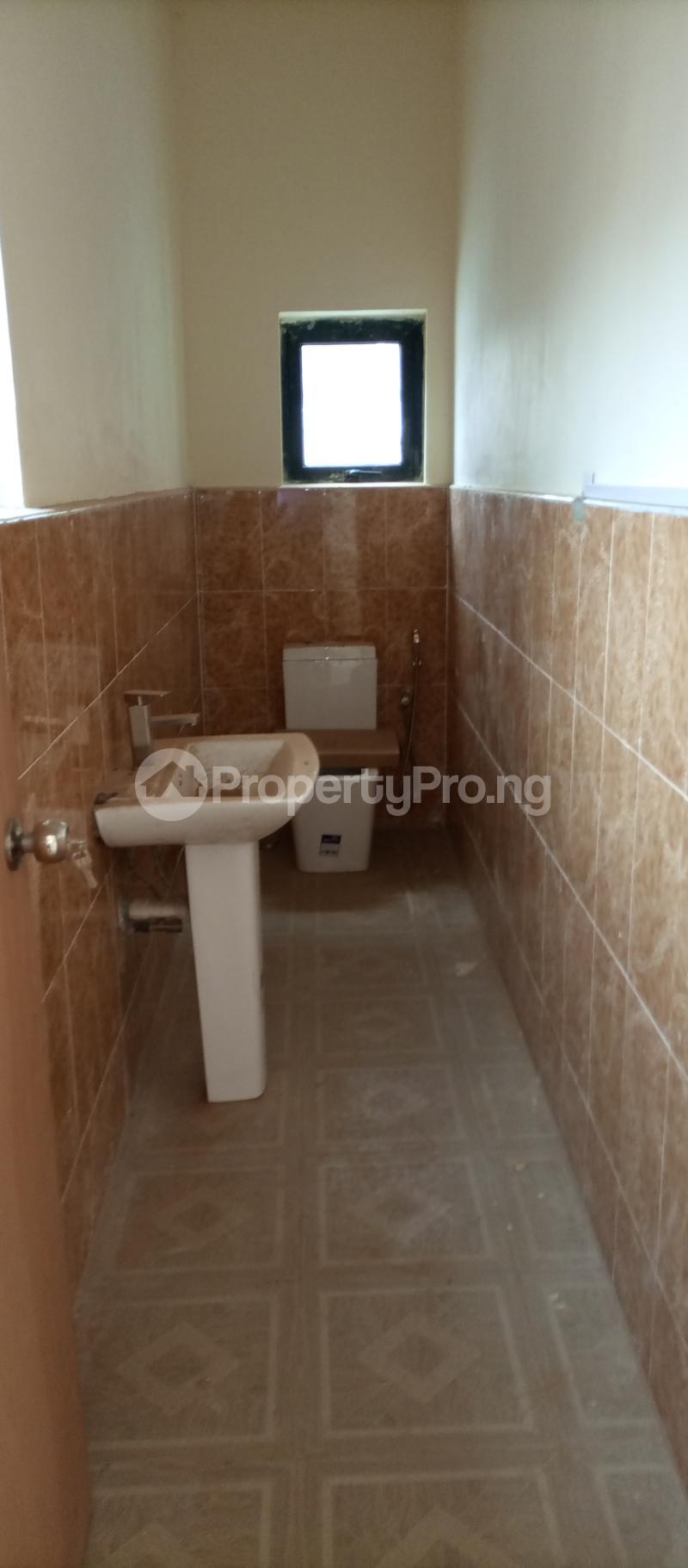 3 bedroom Office Space Commercial Property for rent Abiolaway Abeokuta, Ogun State. Abeokuta Ogun - 2