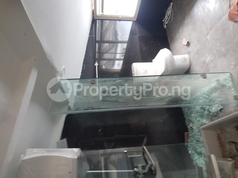 3 bedroom Penthouse Flat / Apartment for sale Bethel Estate by Mutual Alpha Court Estate  Iponri Surulere Lagos - 5