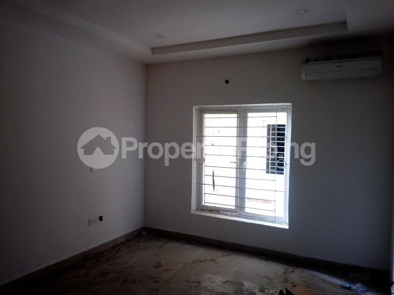 3 bedroom Flat / Apartment for sale ONIRU Victoria Island Lagos - 4