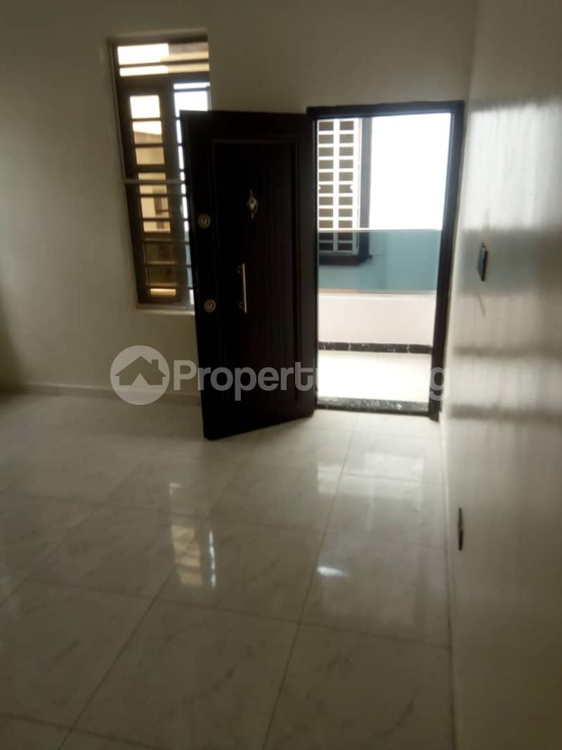 4 bedroom Semi Detached Duplex House for rent Orchid Lekki. chevron Lekki Lagos - 4